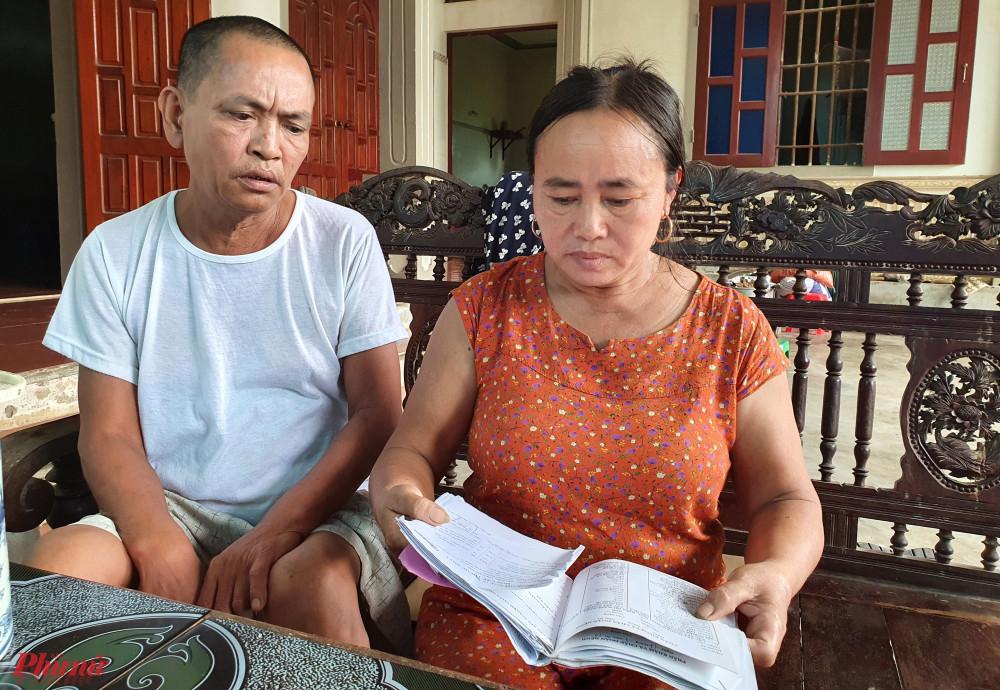 Vợ chồng ông Minh thừa nhận xin vào hộ nghèo chỉ với mục đích đỡ tiền thuốc men chữa bệnh