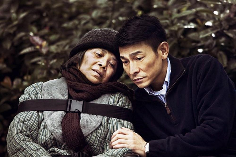 A Simple Life đi vào thân phận người già và nói về sinh lão bệnh tử thường tình