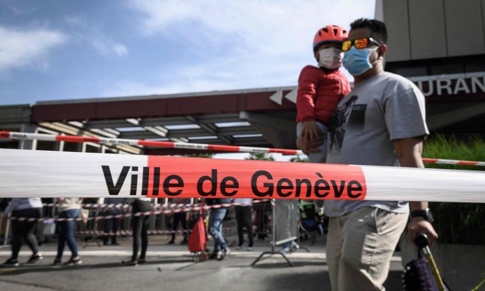 Người lao động nghèo ở đây đang gặp rất nhiều khó khăn do ngành du lịch bị đình trệ hoàn toàn bởi coronavirus - Ảnh: Fabrice Coffrini/AFP/Getty Images