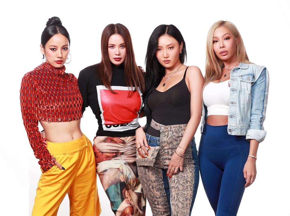 """""""Bộ tứ chị đại"""" nhóm Refund Sisters tạo nên ước đột phá mạnh mẽ của nữ giới trên sóng truyền hình."""