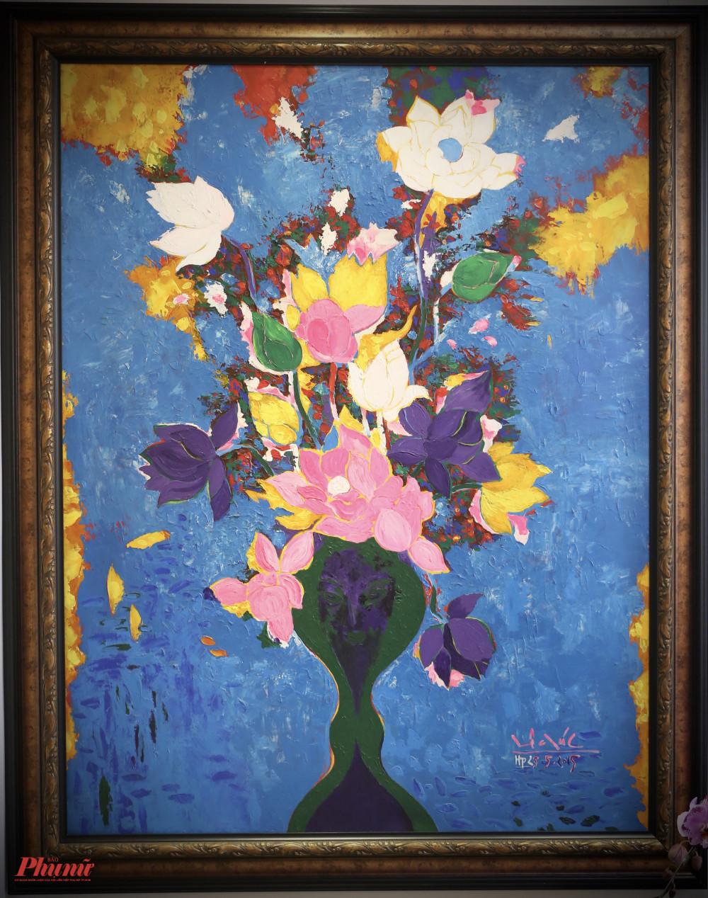 Bức Hoa được hoạ sĩ Lê Đại Chúc vẽ vào năm 2015.