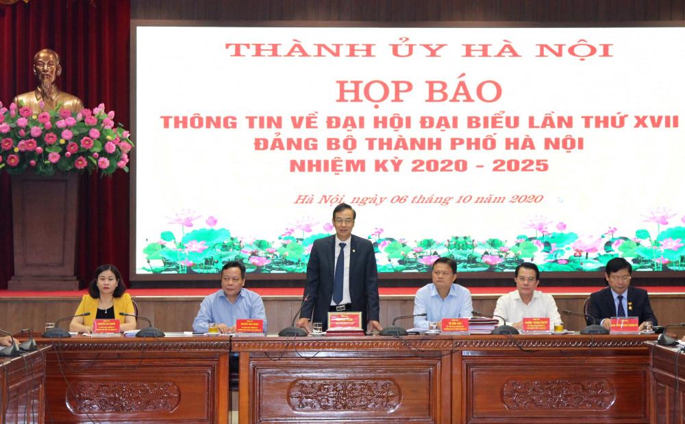 Phó bí thư Thành ủy Hà Nội Đào Đức Toàn chủ trì họp báo - Ảnh: VGP/Gia Huy