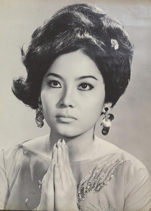 Nữ nghệ sĩ Mộng Tuyền từng sở hữu vẻ đẹp chuẩn mực một thời, từng được tôn vinh bởi khả năng và nhan sắc hơn người.
