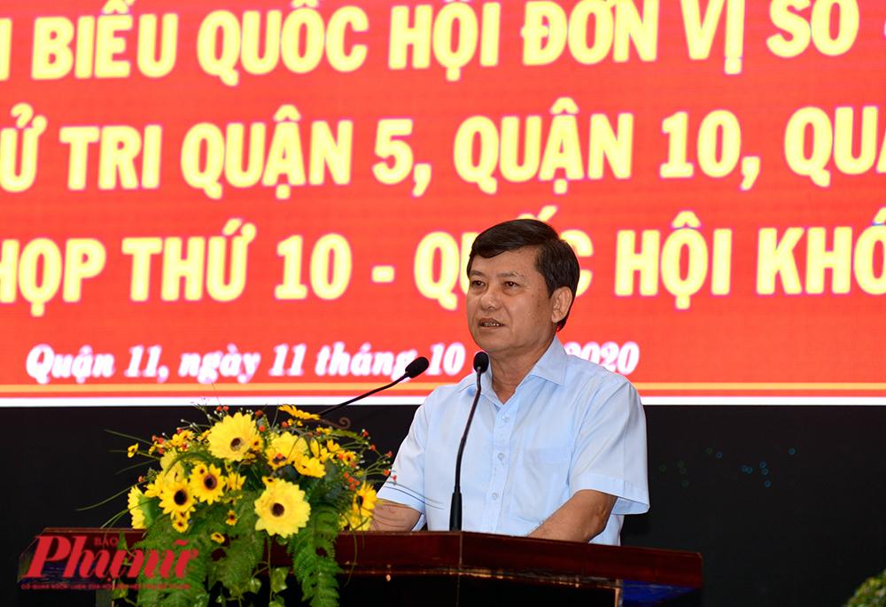 Đại biểu Quốc hội Lê Minh Trí – Viện trưởng Viện kiểm sát nhân dân tối cao tại hội nghị tiếp xúc cử tri sáng 11/10/2020