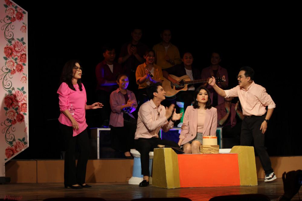 Sân khấu kịch TPHCM có thêm một vở diễn nghiêm túc, chỉn chu sau đợt nghỉ dài vì dịch bệnh