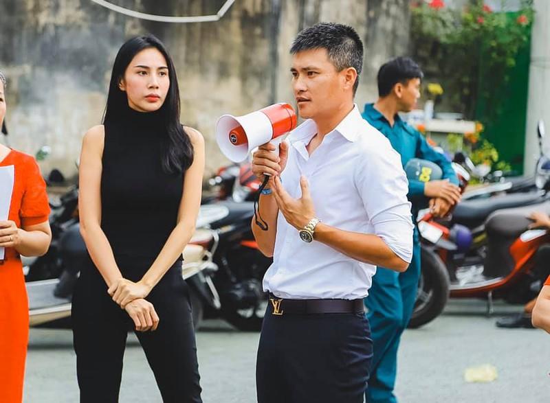 Vợ chồng Thuỷ Tiên, Công Vinh hiện kêu gọi được hơn 2 tỷ đồng hỗ trợ bà con vùng lũ
