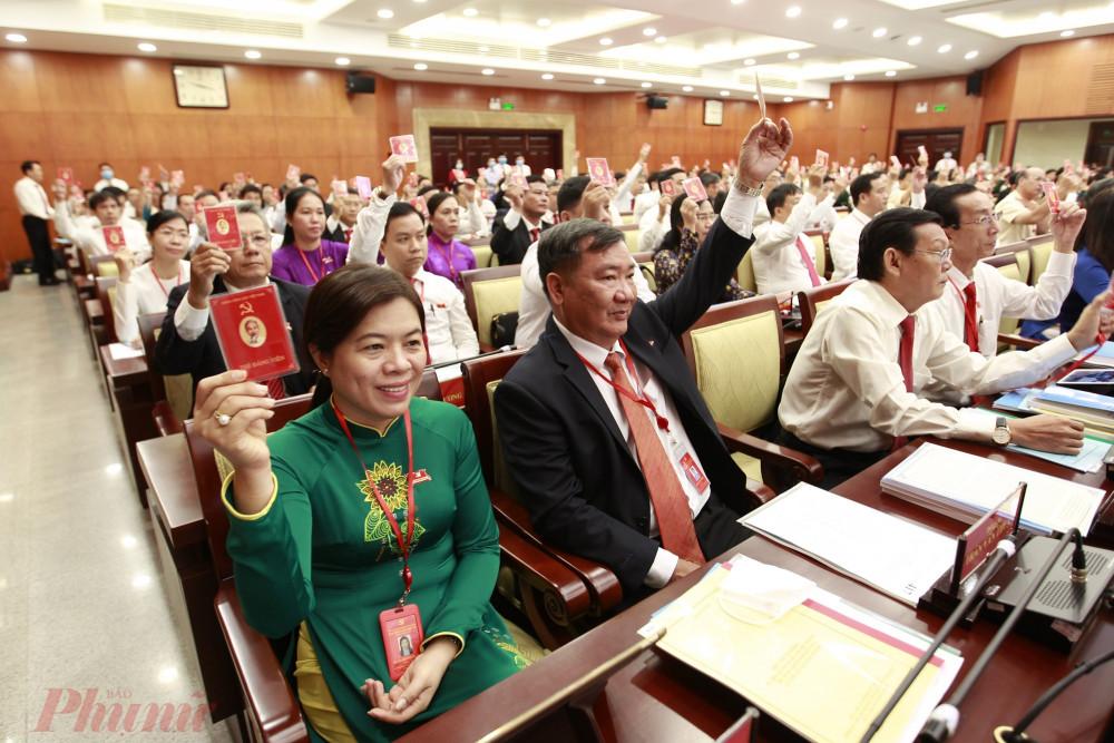 Vào lúc 9 giờ 00 sáng ngày 14 tháng 10 năm 2020, Đại hội đại biểu Đảng bộ Thành phố Hồ Chí Minh lần thứ XI, nhiệm kỳ 2020 - 2025 đã tiến hành họp phiên trù bị tại Hội trường Thành phố