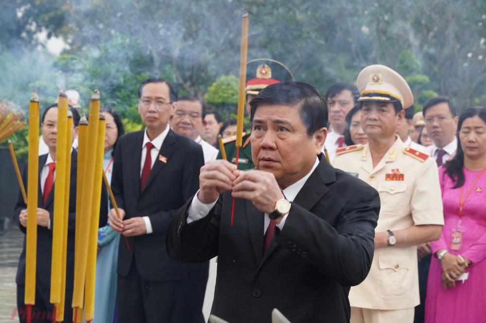 Đồng chí Nguyễn Thành Phong - Ủy viên Trung ương Đảng, Chủ tịch UBND TPHCM