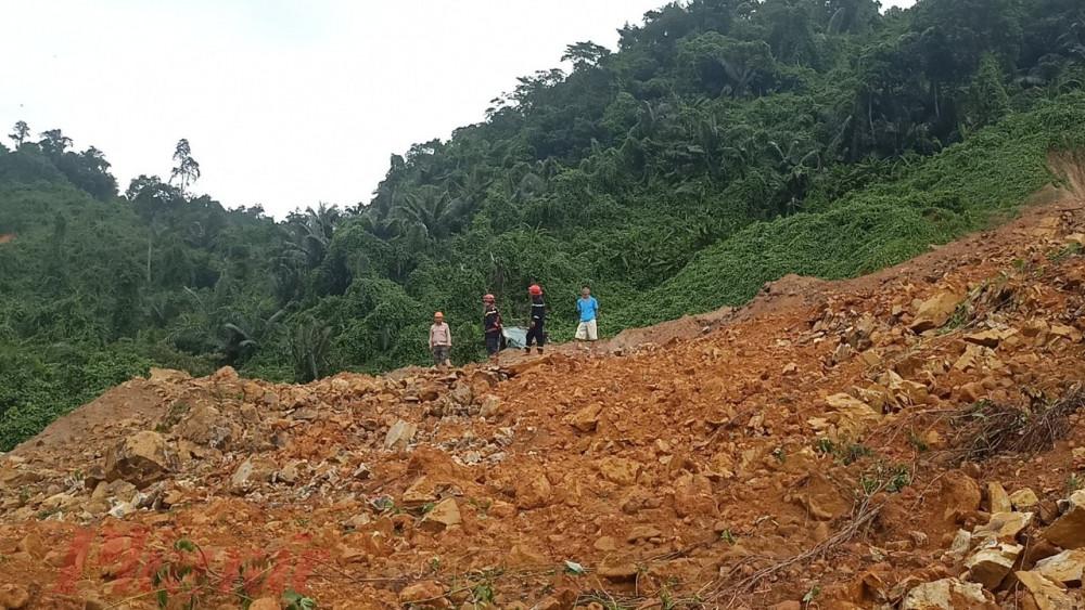 Trong ngày 14/10, lực lượng đã cứu được 19 người đưa ra ngoài an toàn, trong đó có 2 chuyên gia người Ấn Độ và 17 công nhân người Việt Nam; tìm được 1 thi thể đưa về bàn giao an táng. Phối hợp cung cấp một số thực phẩm cần thiết cho những công nhân đang ở lại Thủy điện Rào Trăng 3 và Rào Trăng 4