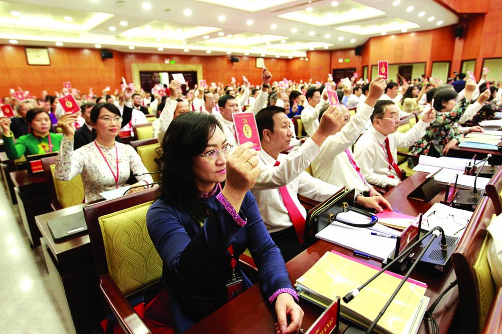 Đại hội Đại biểu Đảng bộ TP.HCM lần thứ XI không thiếu hình ảnh của người phụ nữ  - Ảnh: Ban Tổ chức Đại hội Đảng cung cấp