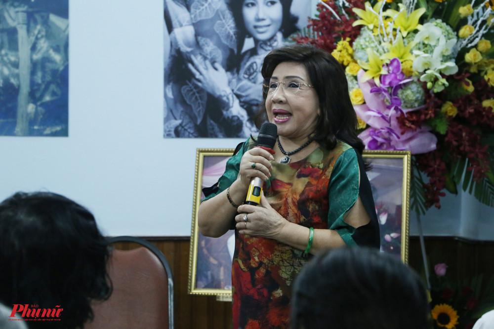 NSND Lệ Thuỷ nói chính bà và cả thế hệ sau phải tiếp tục học hỏi ở NSND Bảy Nam về tinh thần trách nhiệm với nghề