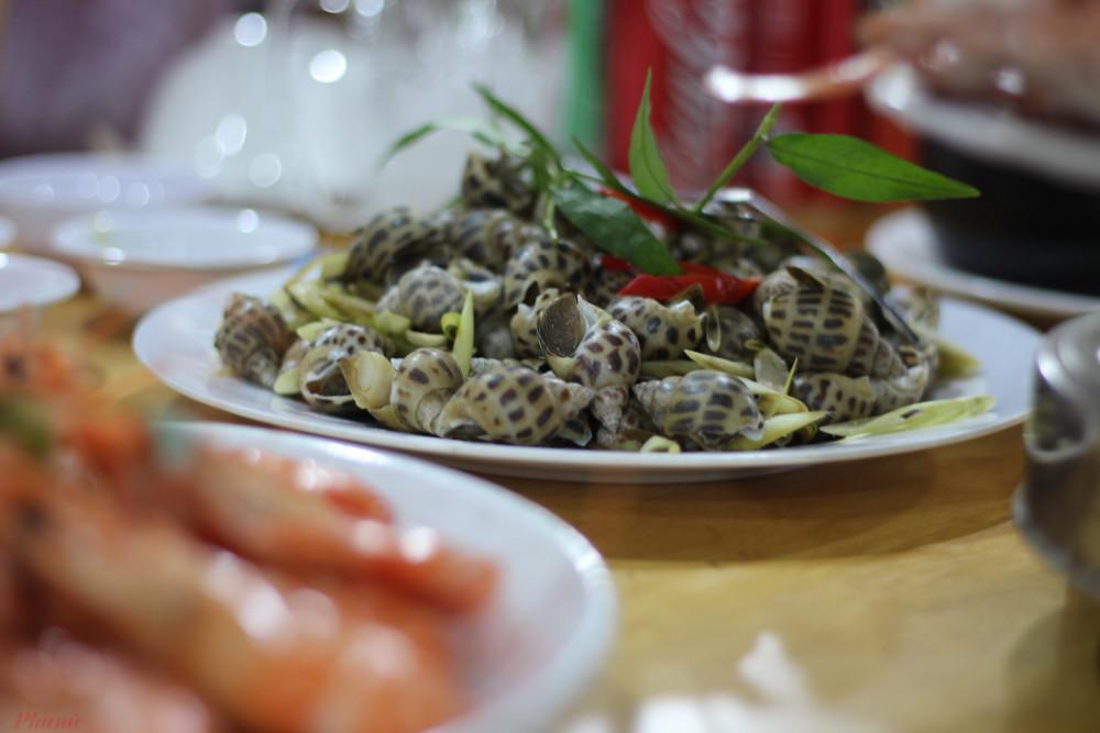 Đồ ăn Long Hải