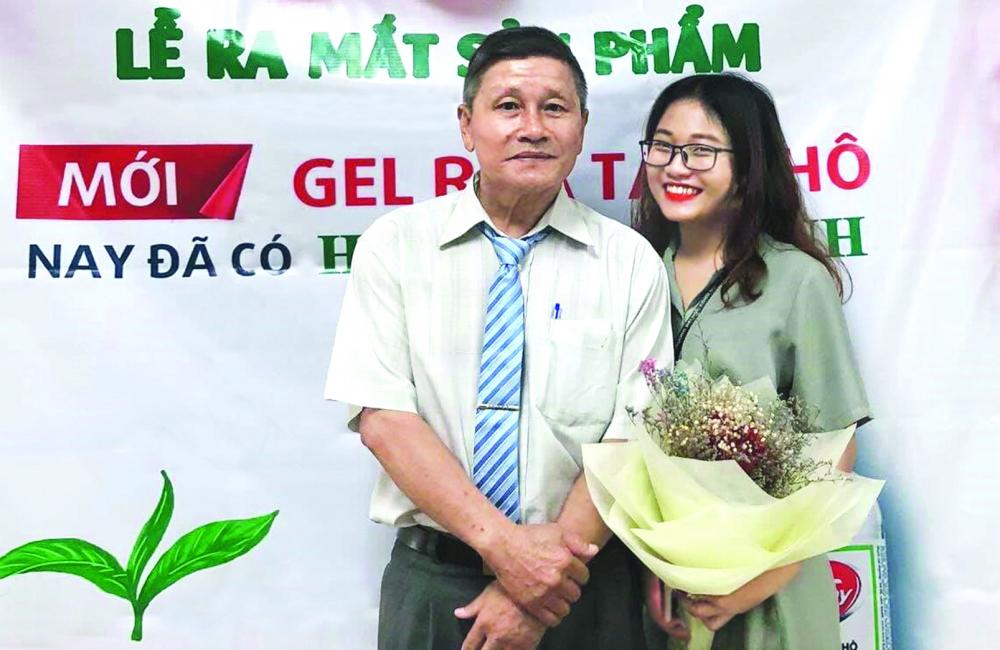 Nguyễn Thị Lan và giảng viên Trường đại học Công nghiệp TP.HCM trong một buổi học về cách tổ chức sự kiện truyền thông