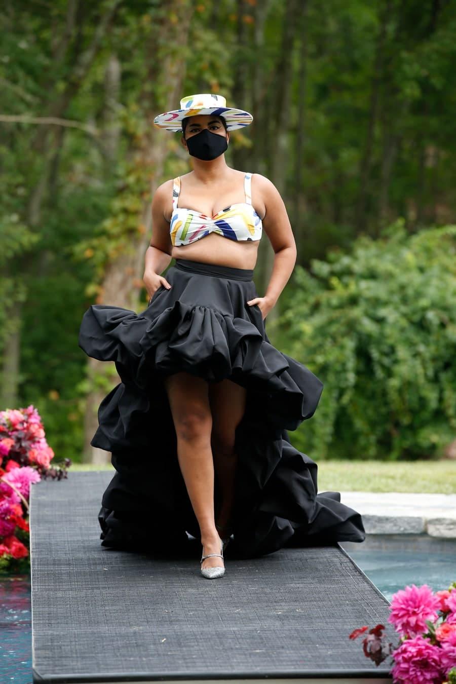 Theo một thống kê của Dazed, số lượng người mẫu ngoại cỡ trình diễn trong mùa Xuân Hè 2020 là khoảng 86, nhưng đến mùa Thu Đông giảm chỉ còn một nửa do ảnh hưởng từ dịch nên nhiều sự kiện thời trang bị hoãn. Nhưng nhìn chung người mẫu ngoại cỡ đã tạo nên sự thay đổi diện mạo đáng kể cho ngành thời trang, tiếp tục cổ vũ sự tự tin của phụ nữ.