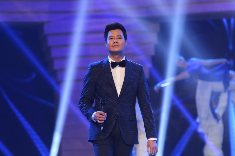 Ca sĩ Quang Dũng muốn dùng âm nhạc để lan toả thông điệp yêu thương, kêu gọi nhiều hơn nữa những tấm lòng vì cộng đồng.