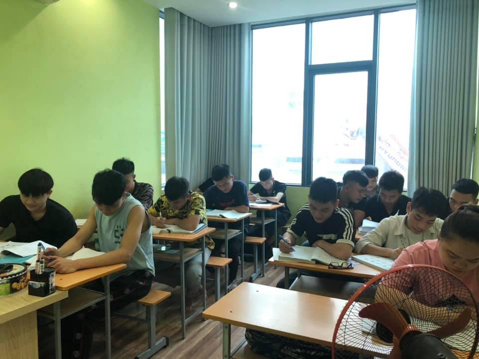 Lớp học nhỏ tại nhà của chị tạm thời phải đóng cửa do dịch COVID-19. Ảnh: chị Thanh Hoa cung cấp