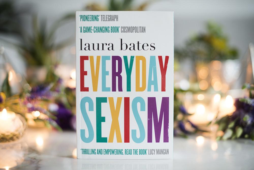 """""""Everyday Sexism"""" được đánh giá cao như một tác phẩm rung động, mang đậm dấu ấn thời đại xoay quanh văn hóa và nhân quyền phụ nữ. (Ảnh: The Book Castle)"""