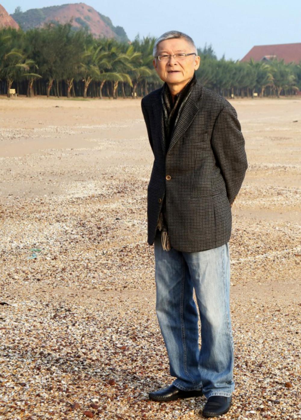 Đạo diễn Hồ Quang Minh qua đời vào ngày 16/10 sau một thời gian chống chọi bệnh tật, hưởng thọ 71 tuổi (ảnh gia đình cung cấp)