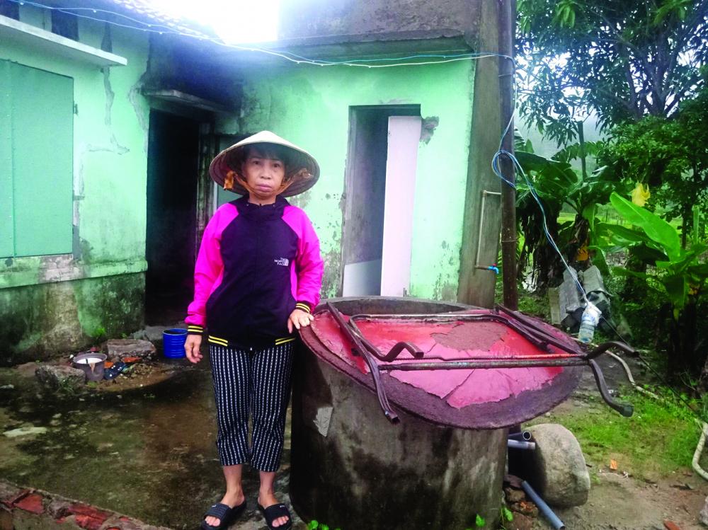 Chị Trần Thị Bốn vẫn chưa hết bàng hoàng sau trận lũ ống kinh hoàng