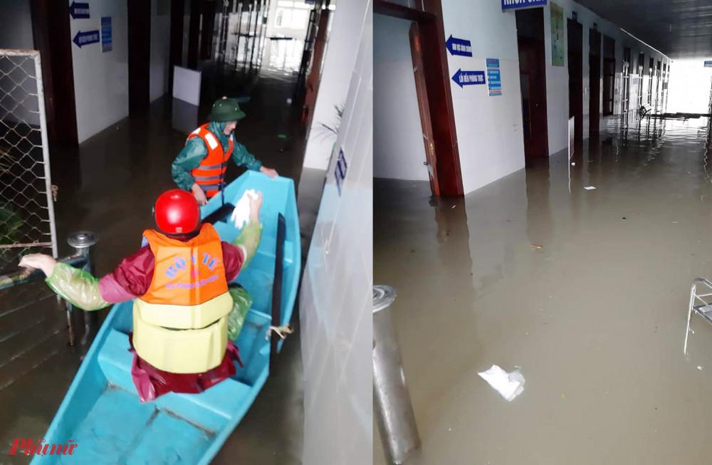 Bệnh viện bị ngập sâu, các sản phụ phải nhập viện sinh con bằng thuyền