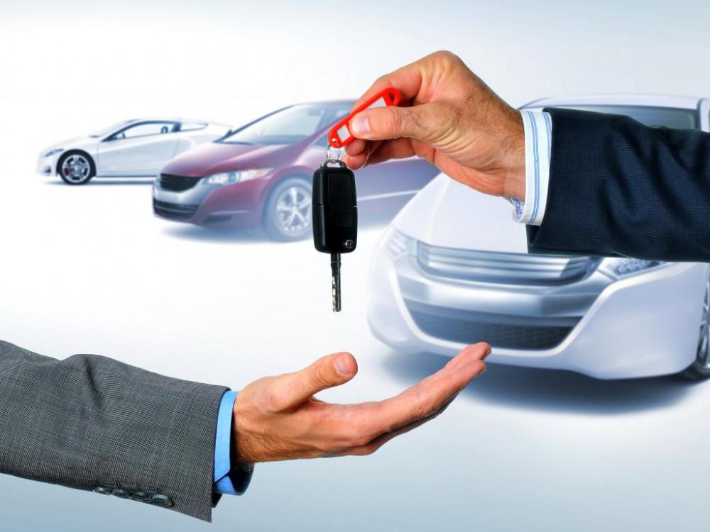Chiều vợ, tôi phải bán nhà mua ô tô. Nguồn ảnh: Internet