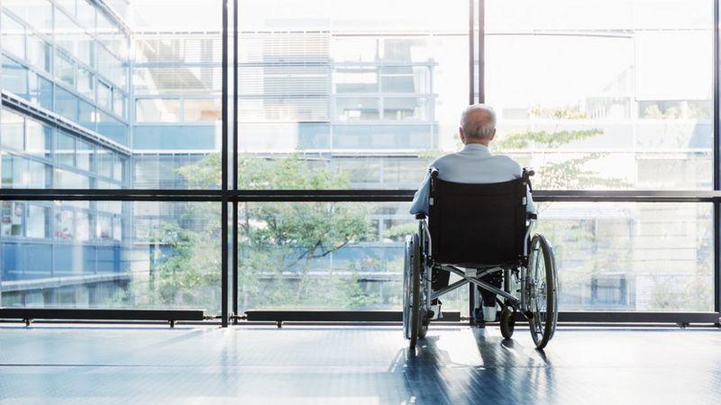 Úc tiến hành một cuộc điều tra quy mô toàn quốc về các nhà cung cấp dịch vụ chăm sóc người cao tuổi - Ảnh: Getty Images
