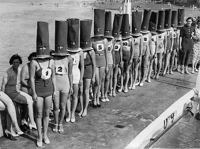 Cuộc thi Người đẹp hình thể (không bao gồm gương mặt) ở Cliftonville (Anh), năm 1936.