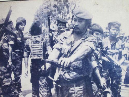 Nghệ sĩ Lý Huỳnh trong vai Xăm