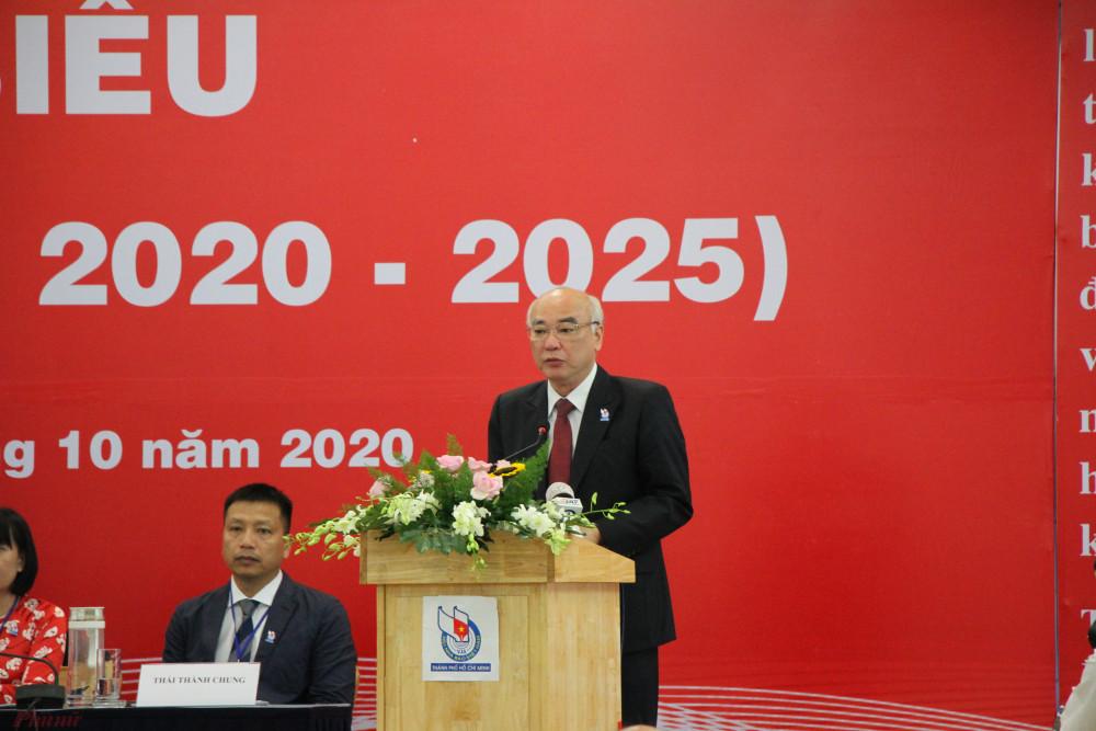 Trưởng Ban Tuyên giáo Thành ủy TPHCM Phan Nguyễn Như Khuê phát biểu tại Đại Hội.