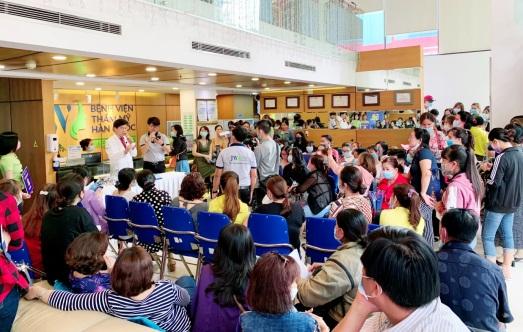Rất đông khách hàng tham dự sự kiện Ngày hội khỏe đẹp vừa qua tại Bệnh viện JW. Ảnh: Thẩm mỹ  JW Hàn Quốc cung cấp