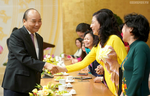 Sự tham gia lãnh đạo của phụ nữ là nhân tố không thể thiếu đối với sự phát triển - Ảnh: VGP