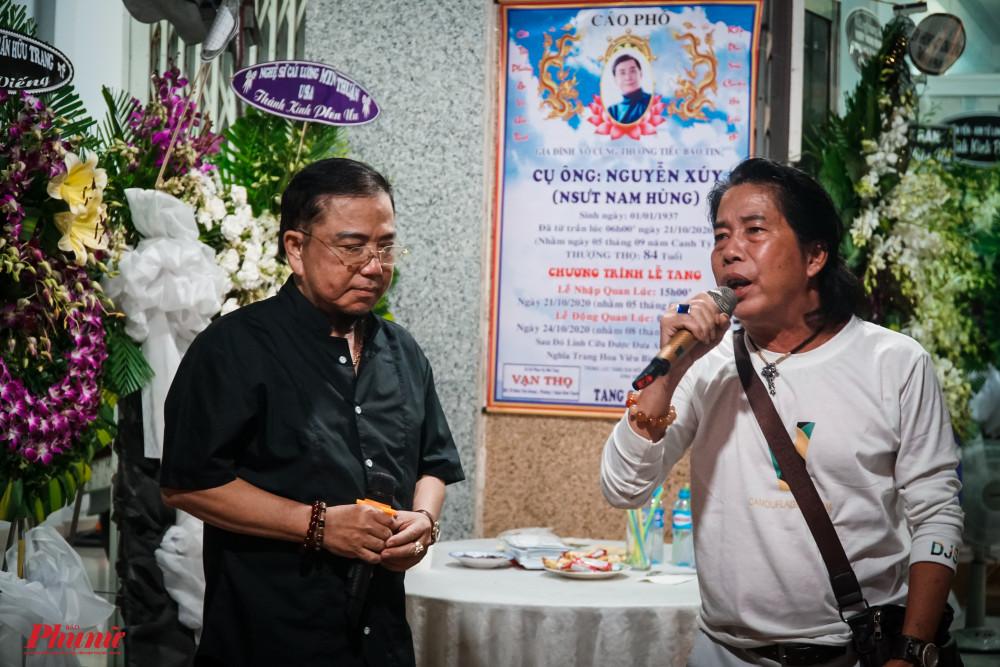 Nghệ sĩ Hồng Tơ và Minh Cảnh Em trình bày Sầu vương ý nhạc