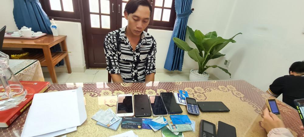 Nguyễn Văn Phúc tại cơ quan công an