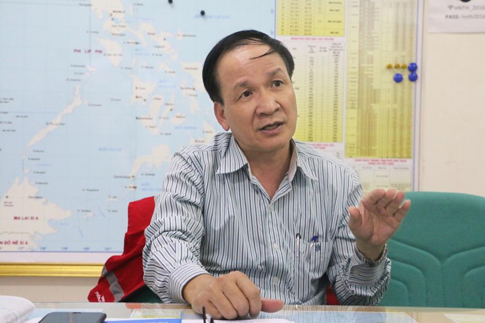 Ông Phan Thanh Hùng trao đổi với phóng viên Báo Phụ Nữ TP.HCM