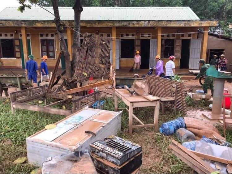 Sau lũ, điểm trường Ba Lòng (huyện Đakrông) tan hoang