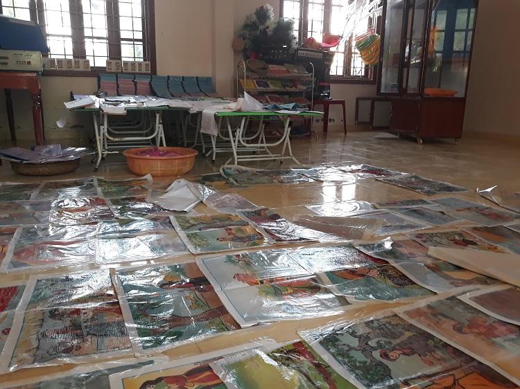 Sách vở của học sinh Trường tiểu học Đông Thanh bị hư hỏng hết