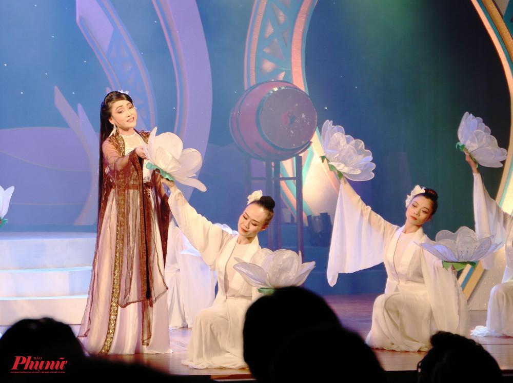 Tối 26/10, vòng chung kết Cuộc thi tài năng diễn viên sân khấu diễn viên cải lươg Trần Hữu Trang