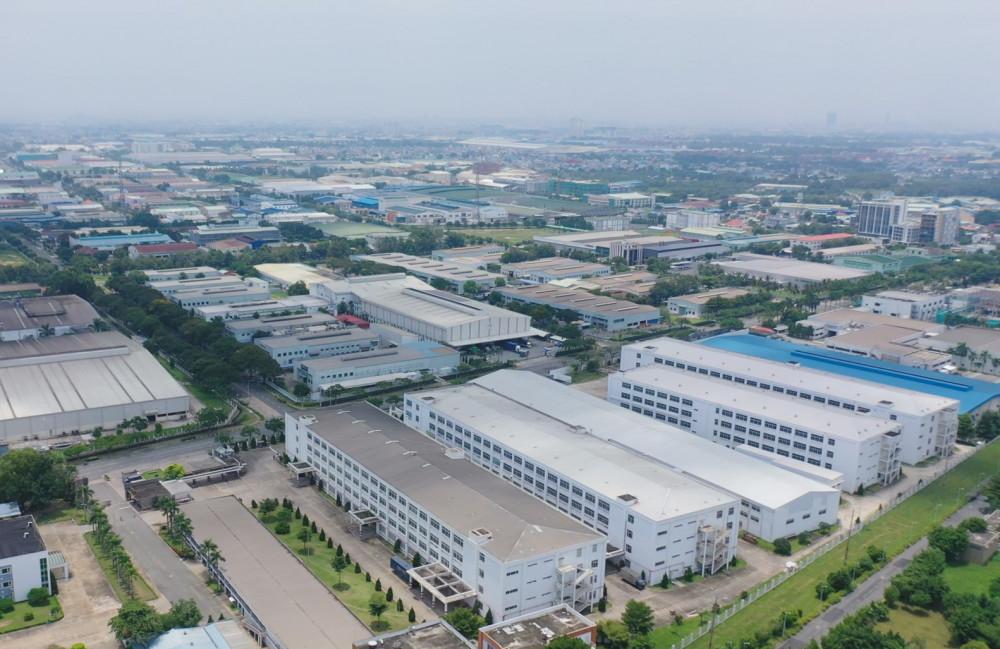 Tốc độ phát triển kinh tế của TP.Thuận An tiếp tục tăng trưởng ấn tượng. Ảnh: Đỗ Trường