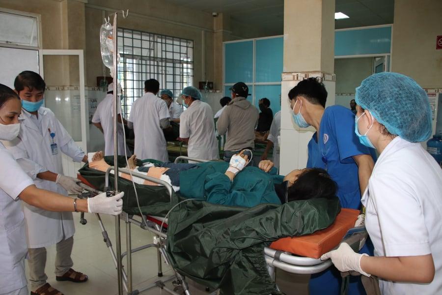 Theo ông Hồ Quang Bửu - Phó chủ tịch UBND tỉnh Quảng Nam cho biết, tính đến 15g chiều 29/10, lực lượng cứu nạn cứu hộ đã tìm được 33 người mất tích vẫn còn sống, 6 người đã mất. Hiện tại vẫn còn 14 người chưa tìm thấy tung tích