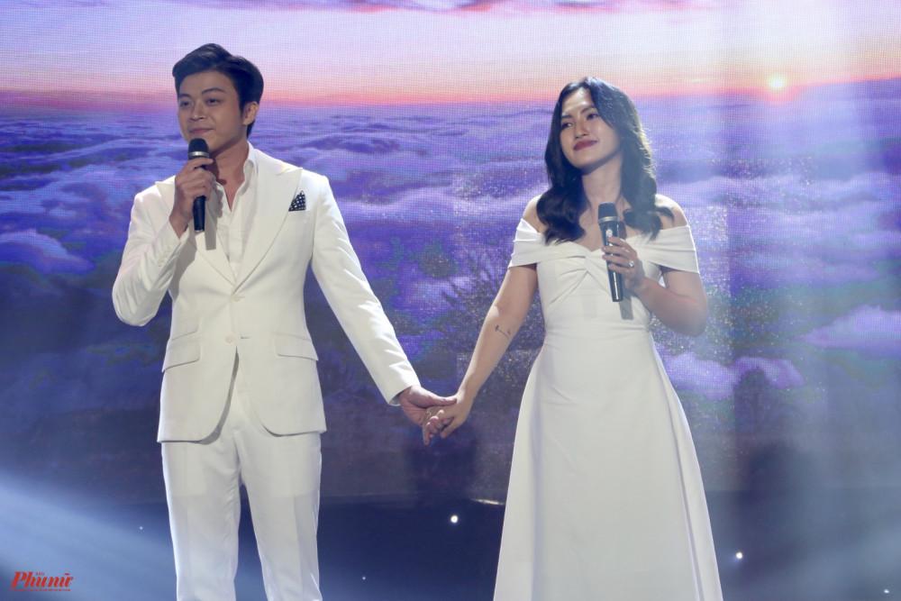 Ca sĩ Lân Nhã và Nguyên Hà tham gia chương trình với một sáng tác của nhạc sĩ Quốc Bảo, ca khúc Bình yên.