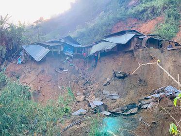 Sạt lở tại thôn 3, xã Phước Lộc khiến 11 người chết và mất tích