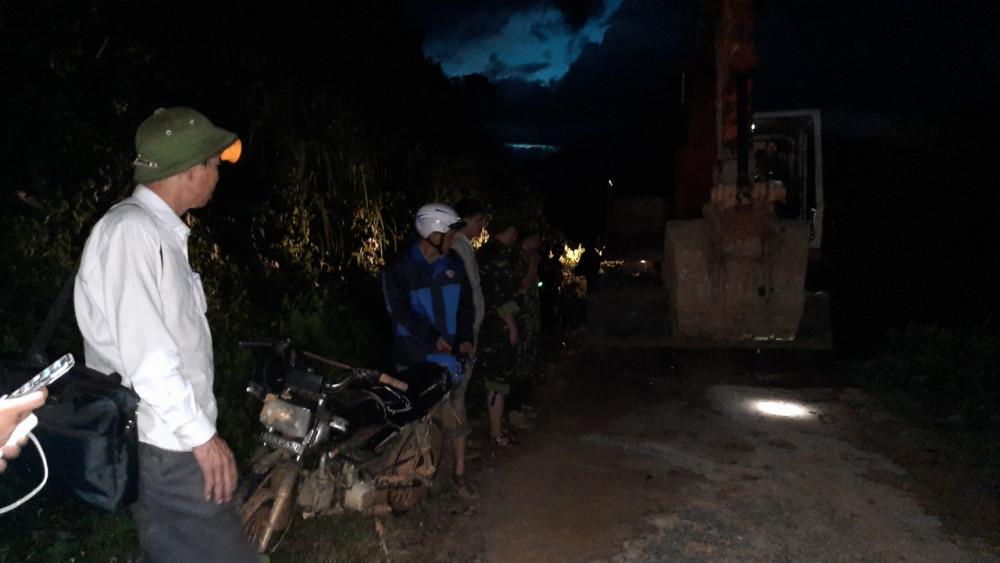 Lực lượng chức năng ngày đêm thông đường