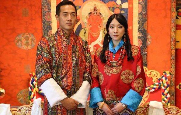 Công chúa Eeuphelma Choden Wangchuck cùng chồng Dasho Thinlay Norbu