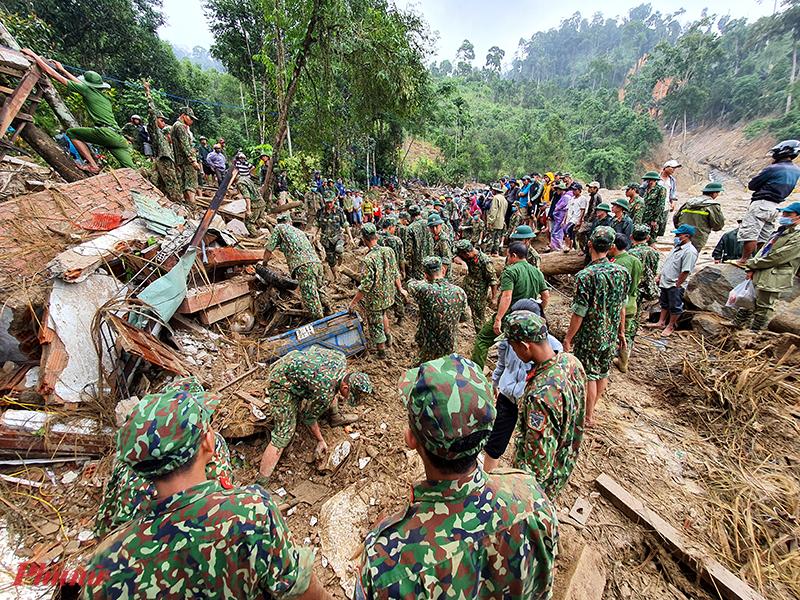Hơn 500 quân nhân được huy động tham gia tìm kiếm