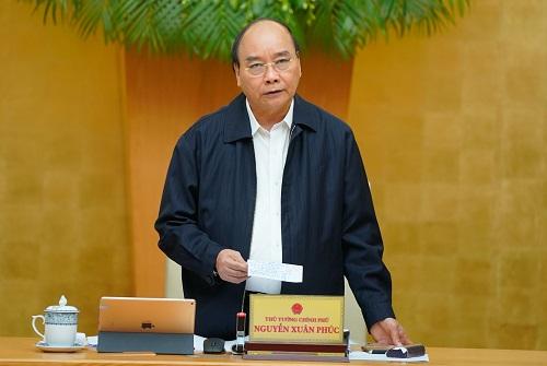 Thủ tướng yêu cầu ngân hàng giãn nợ cho người dân vùng lũ (ảnh VGP)