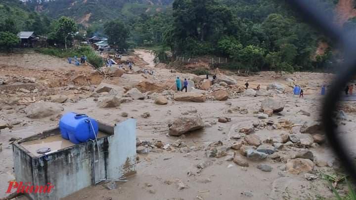 Lũ ống, lũ quét đã làm biến dạng hoàn toàn những ngôi làng ở Phước Thành, Phước Kim