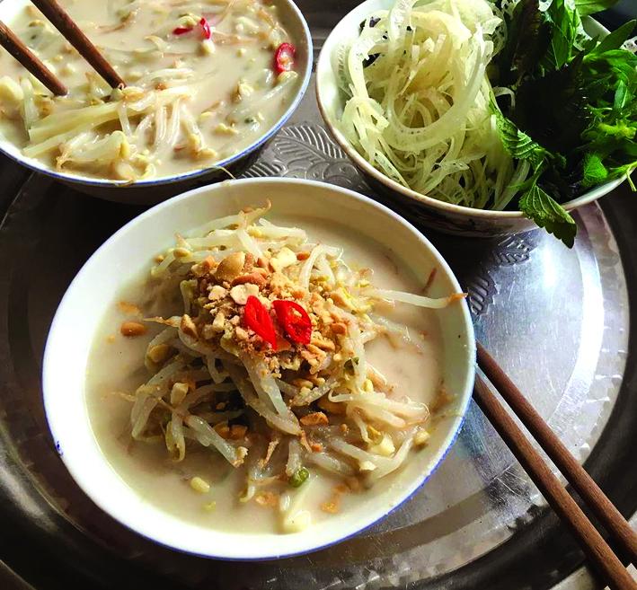 Bánh đúc nộm Hà Nội - món ngon giải nhiệt ngày nóng