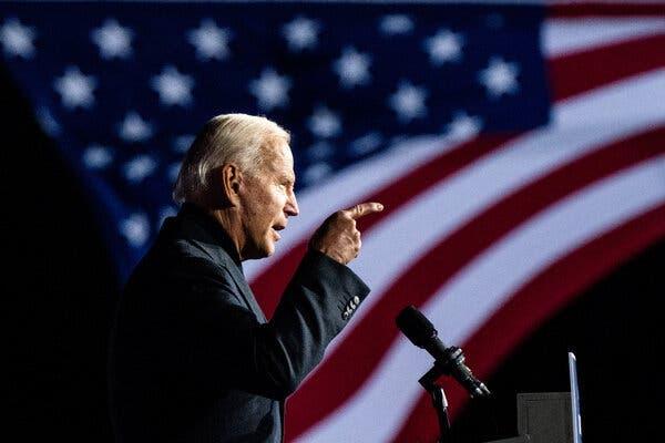"""Cựu Phó Tổng thống Joseph R. Biden Jr. từng nói rằng việc tái gia nhập Hiệp định khí hậu Paris """"sẽ là một ưu tiên"""" - Ảnh: New York Times"""