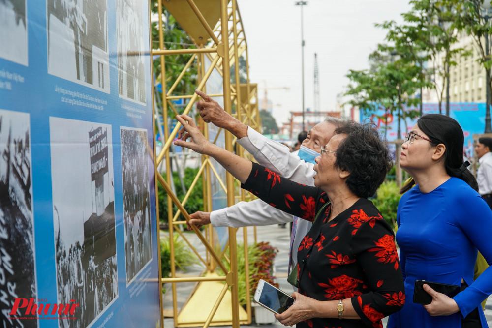 Các đại biểu tham dự buổi Lễ cùng nhau ôn lại kỷ niệm truyền thống của MTTQ Việt Nam