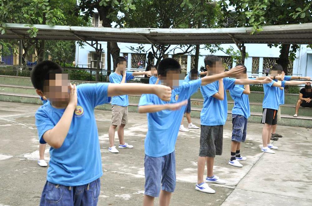 Các học viên cai nghiện game tại Trường Nội trú IVS (Q.Thủ Đức, TP.HCM) - Ảnh: Sơn Vinh